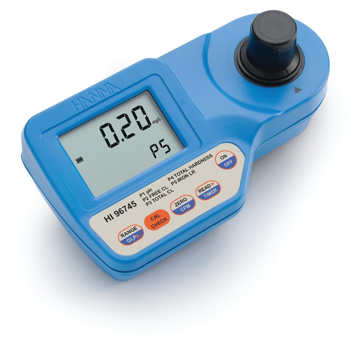 HI96745 - pH, Serbest Klor, Toplam Klor, Toplam Sertlik ve Düşük Aralıklı Demir Taşınabilir Fotometre